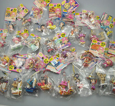 10 Pcs/Lot Random Tony Chopper One Piece Limited Regional Strap Mini Figure