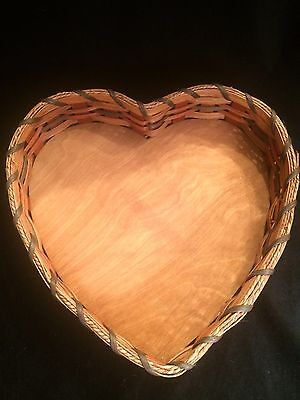 New, Heart Shaped Amish Made Woven Basket  Lazy Susan, Signed