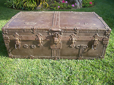 Antique Drucker Monitor Top Trunk (Use As A Coffee Table Or?)