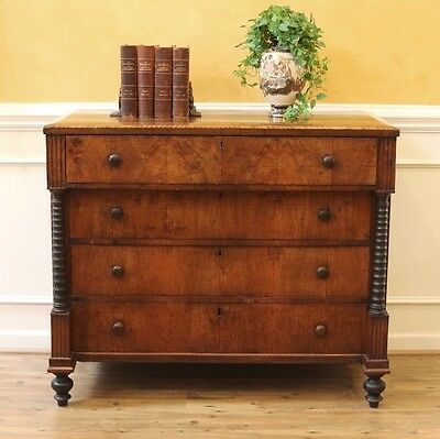 Antique Federal Chest of Drawers, American C.1790.