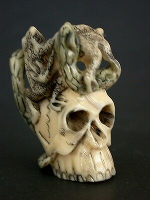 Japanese ivory colored bone  netsuke - FROG & SNAKE Struggle on Deadly Skull,sig