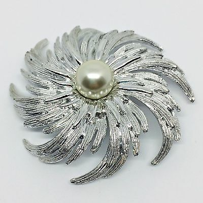 Vintage 1960's Sarah Coventry Silver Tone and Pearl  Star burst  Brooch, Signed