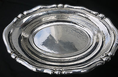 Exquisite Wilhelm Binder hand-hammered large silver (0.800) oval bowl