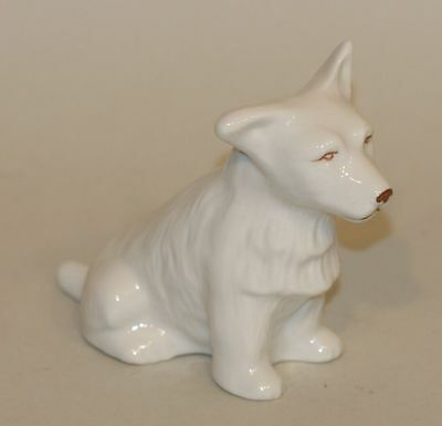 2009 Belleek Ireland Parian China Archive Collection Terrier Dog B0423 591/1700