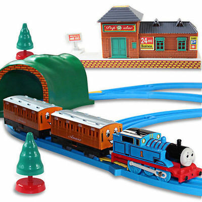 New Thomas & Friends Track Master Motorized Railway Essentials Engines gift pack