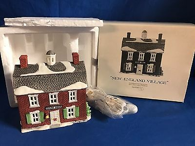 Dept 56 New England Village Lot of 7 Buildings &Accessories ALL NEW +Original 7