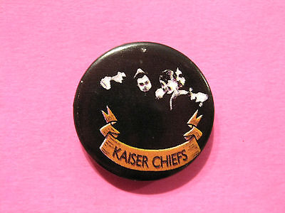 "Kaiser Chiefs 1"" Vintage Badge Badge Pin Uk Import"