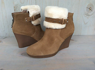 30374599aa2 UGG ANTONIA CHESTNUT Suede shearling Wedge Ankle Boots Size Us 10 ...