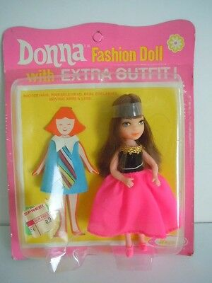 """Super Scarce, Hard-To-Find Vintage Uneeda Tiny Teen Doll + Extra Dress """" Donna """""""