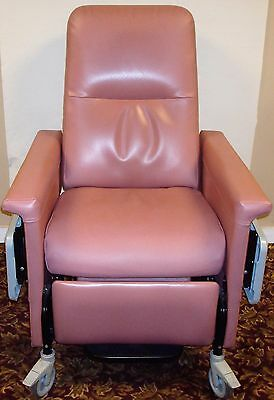 Champion 54 Series Heated Patient Recliner Medical Dialysis Chair