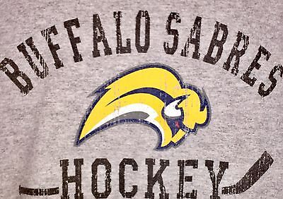 Buffalo Sabres Hockey Vintage/Distressed Look Gray Crew S/S T-Shirt Medium NWOT