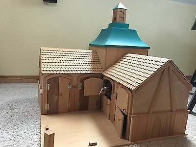 Breyer Horse Stable