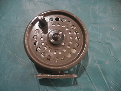 Vintage Cortland Crown Single Action Fly Fishing Reel Tackle Box Find