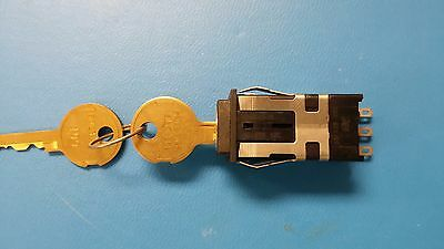 (1 PC) AML27ABK2AA23BB HONEYWELL Switch Key Lock N.O./N.C. SPDT