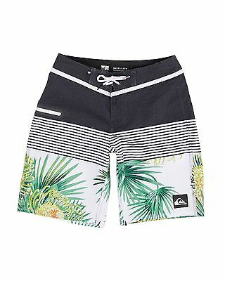 "NEW QUIKSILVER™  Boys 8-16 Division Remix Vee 17"" Boardshort Boys Teens"