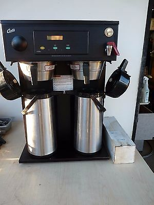 Curtis Commercial Twin Automatic Airpot Brewer. Gold Cup Series Digital Controls