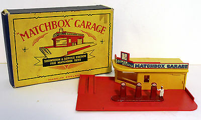 1950s Matchbox MG1 Garage Showroom Service Station With Esso Fuel Bowsers