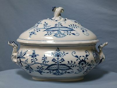 Meissen Painted Blue & White Porcelain Soup Tureen Late 19th Century