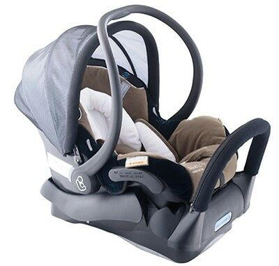 MAXI COSI AirProtect Titan Capsule 0-6mths  Excellent cond. FREE Car seat MAT !!