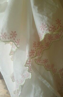 "POTTERY BARN KIDS pink and green eylet white twin 27"" by 52"" 14"" drop"