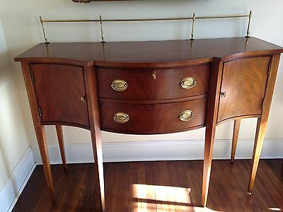 Dining Sideboard Federal Style /solid Brass Gallery/mahogany Solids and Veneers