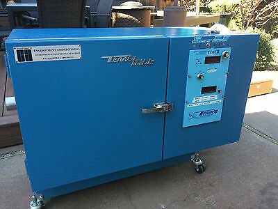 Tenney THJR Environmental Temperature and Humidity Test Chamber, -12C +100C
