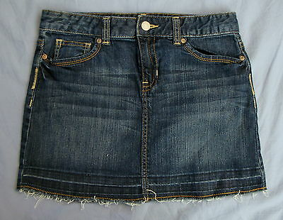 Old Navy Dark Denim Jean Skirt Frayed Hem Girls Size 14 EUC