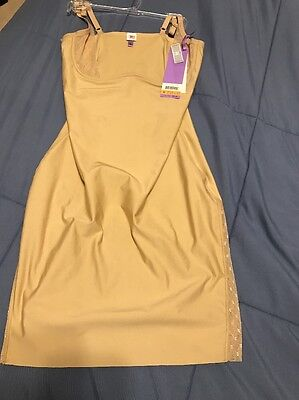NWT StarPower by SPANX Firm Control Vamped Up Open Bust Full Slip 2205 Beige Sm
