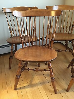 Set of 4 Nichols & Stone Co. Windsor Dining Chairs, Excellent Condition