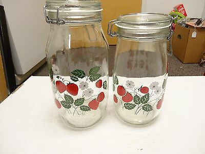 2 Vintage CARLTON CARDS Glass Strawberry Hermetic Jars 2L and 1.5L Sealing USA