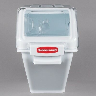 Rubbermaid 6.3 Gallon ProSave Shelf Ingredient Storage Bin with 2 Cup Scoop
