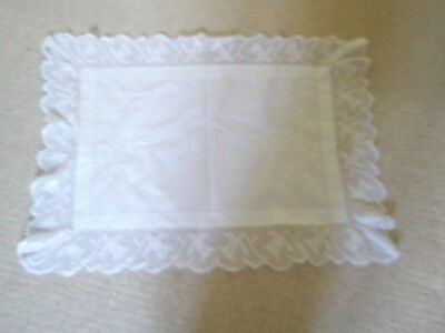 """Vintage  Small Tablecloth  30""""  X  22""""  Antique  Lace"""