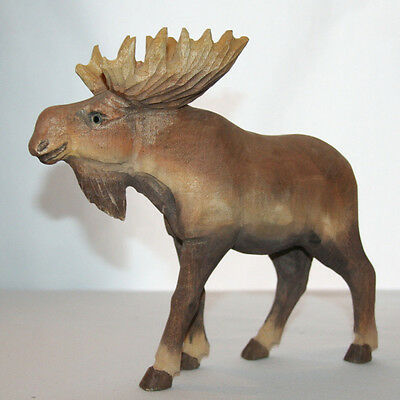 """Hand Carved Bull Moose figure 7 3/4"""" tall"""