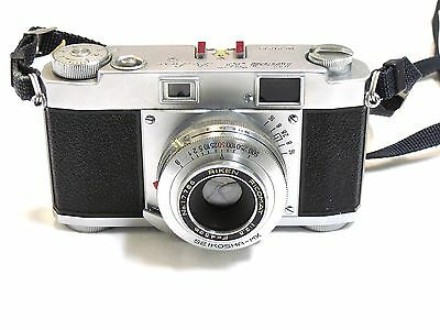 Ricoh 35 Deluxe Rangefinder Camera