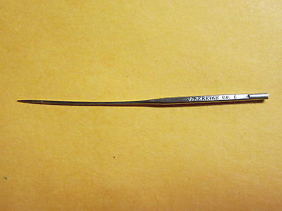 Wheeler and Wilson Sewing Machine Curved Needle / Size 00 / Qty 1