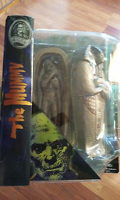 Universal Monsters THE MUMMY Diamond Select Action Figure with Sarcophagus NEW