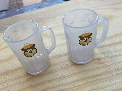 (2) A&W Root Beer bear small plastic mugs