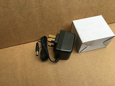 12V 500mA DC POWER SUPPLY AC-DC RHD120050B (New and Boxed)