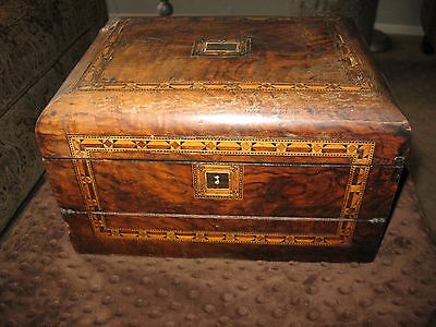 Antique wrighting desk with beautiful inlay