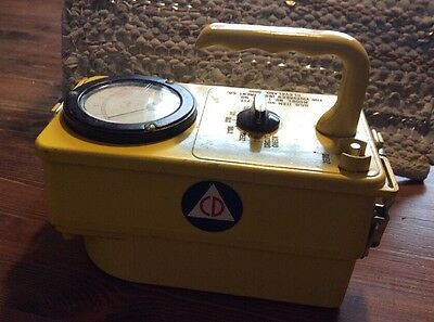 Civil Defense Cd V- 717 Radiological Survey Meter / Geiger Counter