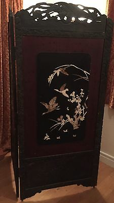 Late 19thc Japanese Ebonised Lacquered Wooden Bi-fold Room Screen Inlaid Detail