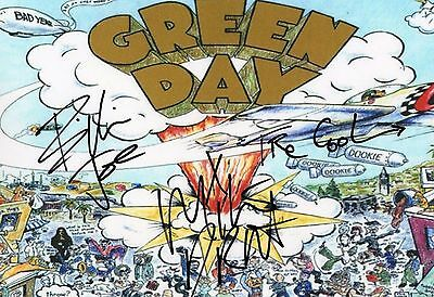 Authentic Rare Green Day Signed Dookie 12 X 8 Photo ..real Signatures..coa...