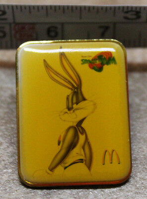 McDonalds Space Jam Bugs Bunny Employee Collectible Pinback Pin Button