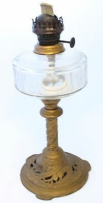 Antique 1899 Victorian Oil Lamp with Ornate Cast Iron Base