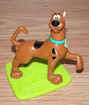 """1998 Scooby Doo On Green SD Dog Tag 2.5"""" Inch Tall Figurine Cake Topper *READ*"""