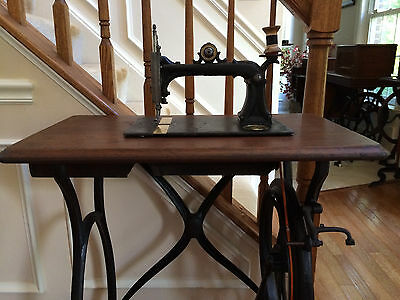 """Rare***working Antique 1870 Howe """"letter B"""" Sewing Machine ~ Sews! Video"""