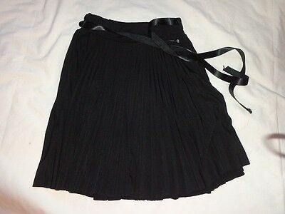 Julie's Closet Girls Skirt Size 6 Black  Pleated  Cute  Euc!!