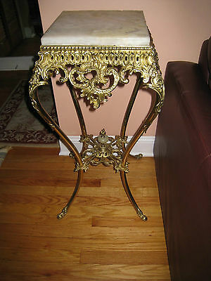 Antique-Ornate-Victorian-Marble-Top-and Brass Plant-Stand-w-Claws Feet