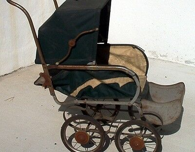 VINTAGE ANTIQUE BABY CARRIAGE DOLL CARRIAGE STROLLER BUGGIE BUGGY 1940s