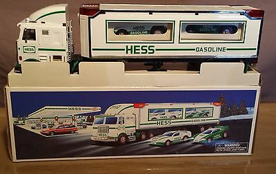 Hess Truck 1997 Toy Truck And Racers Nib